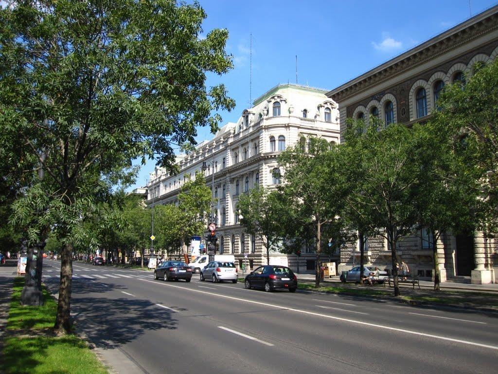 Prospekt Andrashi, Budapesht (Andrassy út)