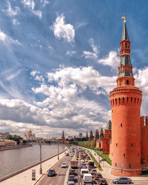 beklemishevskaya bashnya – patriarshiy most