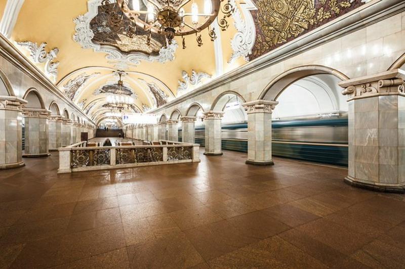 stanciya metro эkomsomoljskaya (kazanskiy vokzal)